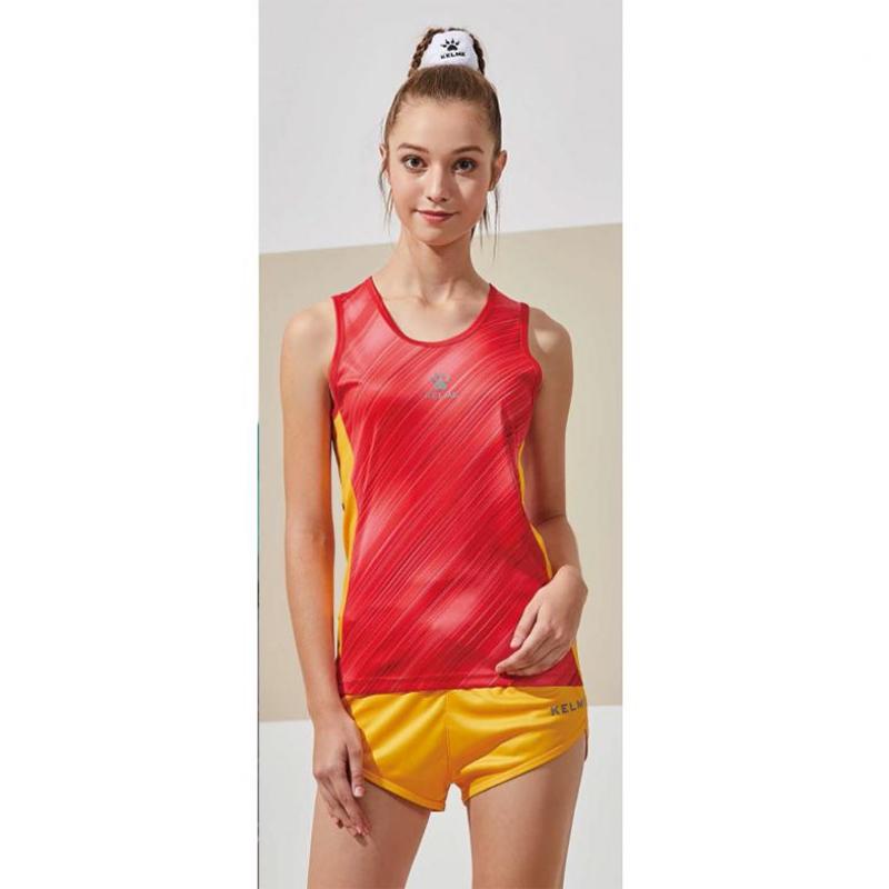 Комплект жіночої легкоатлетичної форми 3892065